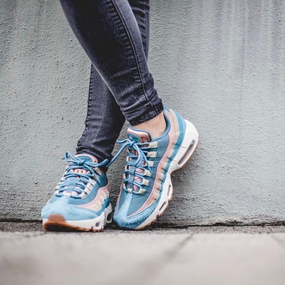 super populaire 1c6e9 b3e09 Nike Air Max 95 Pastel Calf Hair + Suede Sneakers NWT